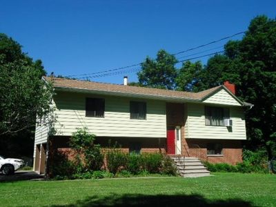 525 N Ohioville Rd, New Paltz, NY 12561