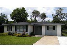 203 Walton Dr, College Station, TX 77840