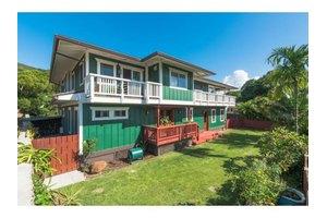 61-274 Kamehameha Hwy Apt B, Haleiwa, HI 96712