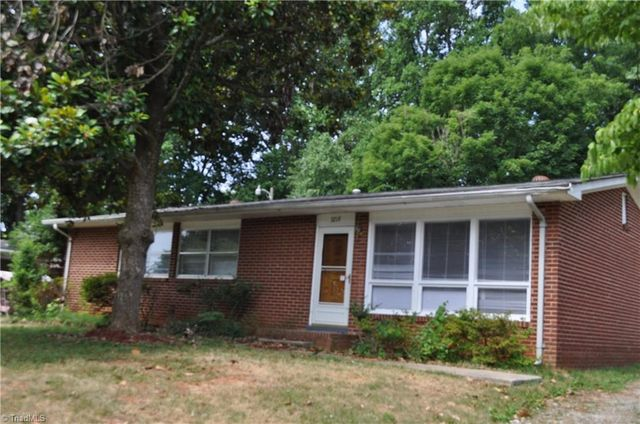 3219 Fielding Pl Greensboro Nc 27405 Home For Sale And Real Estate Listing
