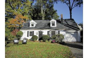 11 Macarthur Dr, OLD GREENWICH, CT 06870