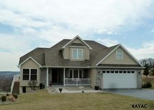 716 Picturesque Dr, Wrightsville, PA 17368