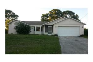 5422 NW Edgewater Ave, Port Saint Lucie, FL 34983
