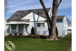 31506 Donnelly St, Garden City, MI 48135