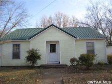 155 W South St, Dyer, TN 38330