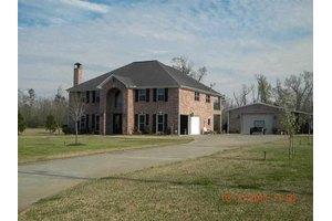 8575 W Bridgefield Dr, Orange, TX 77630