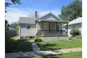 1714 S 10th St, Council Bluffs, IA 51501