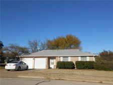821 E Prairie View Rd, Crowley, TX 76036