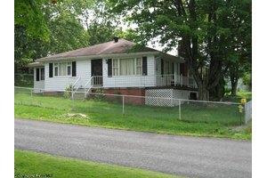 1408 Buckhannon Ave, Morgantown, WV 26508