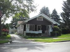 416 S Main St, Middlebury, IN 46540
