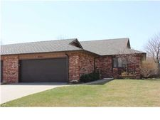 10233 W Alamo St, Wichita, KS 67212