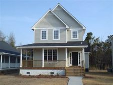 385 Grays Ln, Elizabethtown, NC 28337