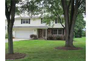 7780 Oakdale St NW, Massillon, OH 44646