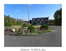 16 Windsong Dr, Northfield, CT 06778