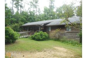 146 Moose Rd NE, Calhoun, GA 30701
