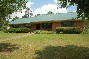 815 Pine Forest Dr, Benton, AR 72019
