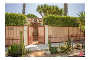 9060 Harland Ave, West Hollywood, CA 90069