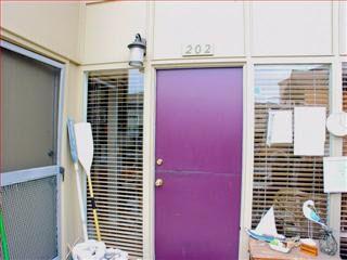 451 Dela Vina Ave Apt 202, Monterey, CA 93940