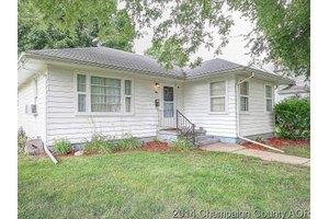 330 N American St, Paxton, IL 60957