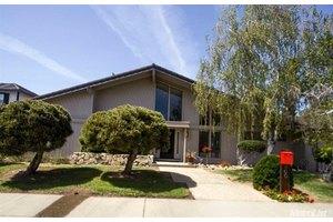 800 Shoreside Dr, Sacramento, CA 95831