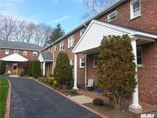 20 Gibson Ave Unit D1, Huntington, NY 11743