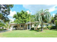 103 Carlyle Dr, Palm Harbor, FL 34683