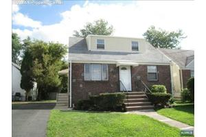 20 Harrison Ave, Saddle Brook, NJ 07663
