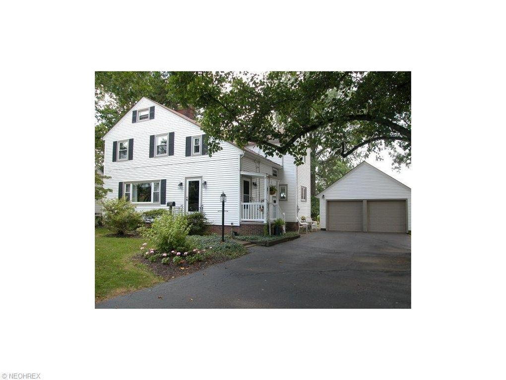 537-537 1/2 Bloomington Dr Wooster, OH 44691