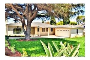 8035 Kittyhawk Ave, Westchester, CA 90045