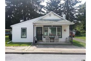 309 Chestnut St, Mount Holly Springs, PA 17065