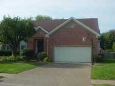 7807 Stonydale Ln, Louisville, KY 40220