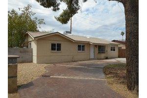 2917 W Montebello Ave, Phoenix, AZ 85017