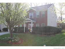 8248 Chatham Oaks Dr, Concord, NC 28027