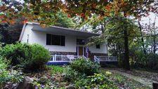 16352 Townhouse Rd, Saegertown, PA 16433
