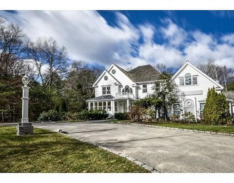 16 Saddlebrook Rd, Natick, MA 01778