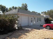 1157 Mountain View Blvd, Rawlins, WY 82301