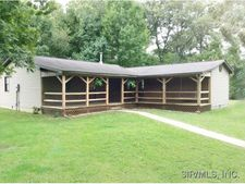 8042 Roscow Rd, Red Bud, IL 62278