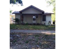 906 W Waggoman St, Fort Worth, TX 76110