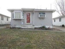 480 Lansing Rd, Akron, OH 44312