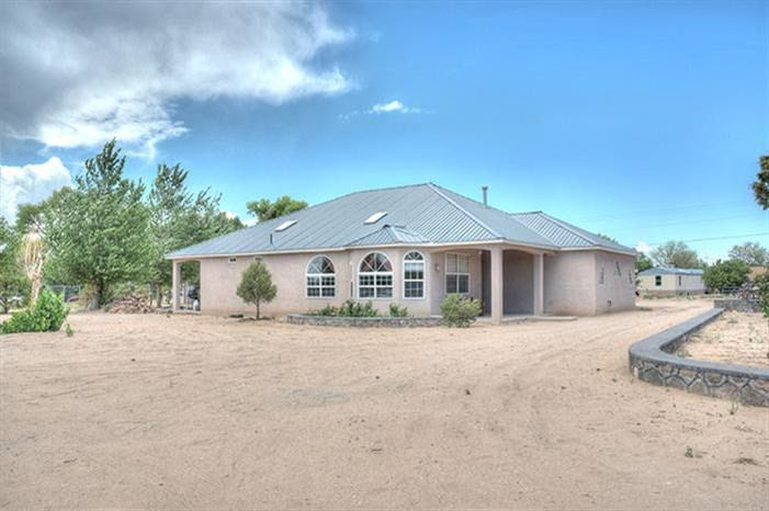 24 Racounty Rd Espanola, NM 87532