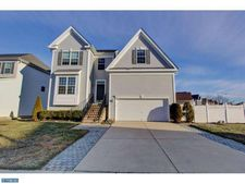 4 Lord Ln, Thorofare, NJ 08086