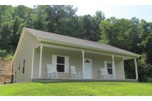 155 Fritts Rd, Lancing, TN 37770