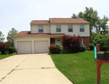 8500 Crestmont Dr, West Chester, OH 45069