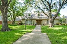 4137 Courtshire Dr, Dallas, TX 75229