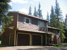 2541 Clydesdale Dr, North Pole, AK 99705