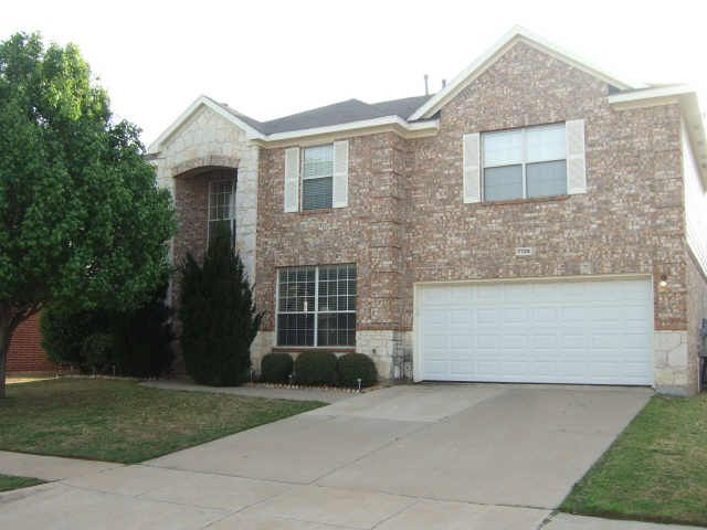 7725 Lexus Dr, Fort Worth, TX 76137