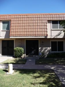 8238 E Orange Blossom Ln, Scottsdale, AZ 85250