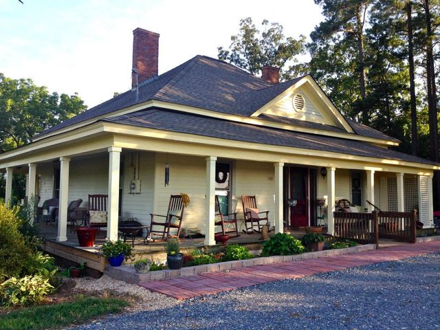 Homes For Sale On Old  Farmwe Nc