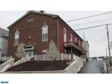 208 Dock St, Schuylkill Haven, PA 17972