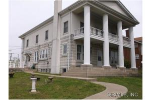 903 State St, Chester, IL 62233